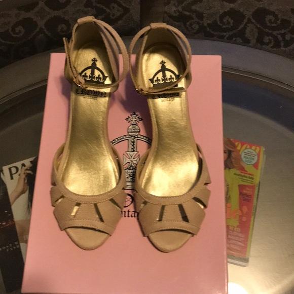 1e567c834c1 Crown Vintage Shoes - Women Crown Vintage Suede Sandal Sz 8